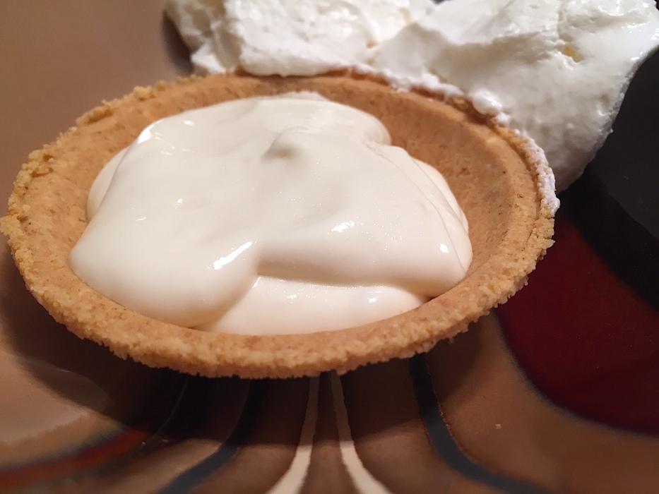 No Bake Lemon Cream Pie