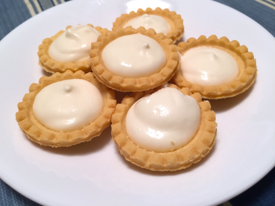 No Bake Lemon Cream Tarts